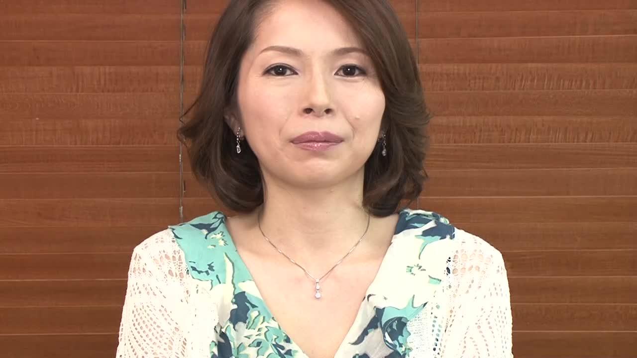 【高瀬沙緒理42歳】四十路のOLの熟女が初脱ぎ初撮りAVデビューする...